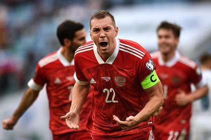 Два россиянина вошли втоп-100лучших футболистов группового этапа Евро