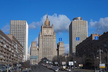 Россиян предупредили о риске быть задержанными в США и третьих странах