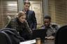Можно сказать, что «Мейр из Исттауна» существует в плоскости «Настоящего детектива» — и вовсе не из-за детективной истории об исчезновении и убийствах молодых девушек в маленьком американском городке, а из-за тщательного исследования психологических травм главной героини в исполнении Кейт Уинслет. Если мутную криминальную историю во втором сезоне «Настоящего детектива» оттенил кризис маскулинности, переживаемый главным героем (Колин Фаррел), то в «Мейр из Исттауна» детективное расследование становится лишь аккомпанементом к тотальному разрушению традиционных понятий о феминности. Проведенному, подчеркнем, только благодаря невероятно убедительной игре Уинслет.   Премьера сериала «Мейр из Исттауна» состоялась 18 апреля на HBO