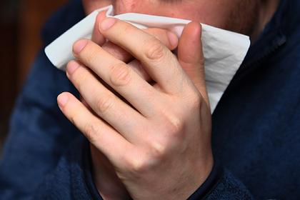 Чиновникам российского региона запретили чихать без салфетки