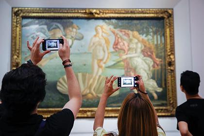 Галерея Уффици потребует от Pornhub удалить ролик с образом с картины Боттичелли