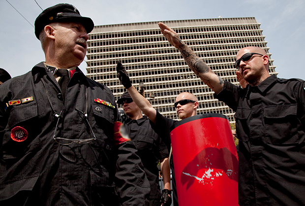 Митинг неонацистов в Лос-Анджелесе