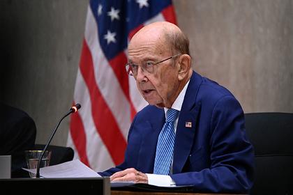 Китай введет санкции против бывшего министра торговли США