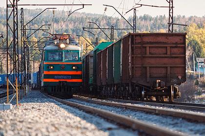 В Забайкалье восстановленный мост на Транссибе пересекли первые грузовые поезда