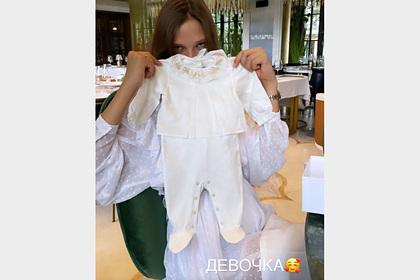 Алеся Кафельникова впервые рассказала о новорожденном ребенке