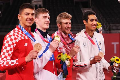 Россия поднялась на четвертое место в медальном зачете Олимпиады