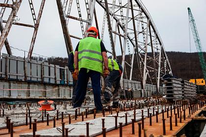 Власти России не поверили жалобе строителей на кризис в отрасли