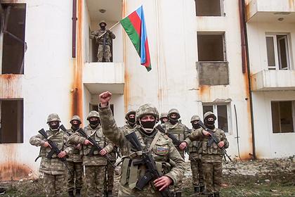 Азербайджанские военные начали продвигаться вглубь Армении