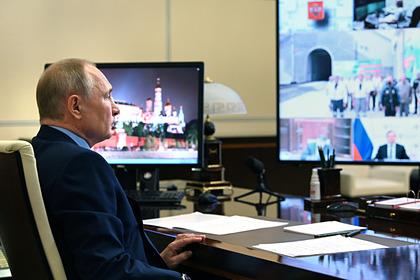 Путин по видео запустил движение по тоннелю в районе Байкала