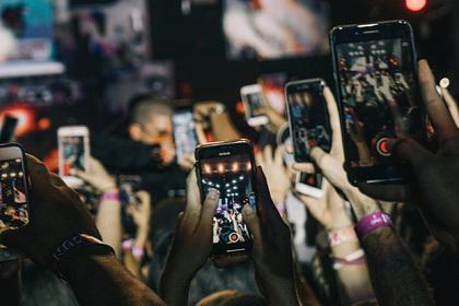 В России взлетели цены на самую дешевую мобильную связь