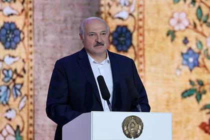 Лукашенко обвинил Запад в желании лишить белорусов пенсий