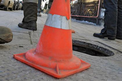 В российском городе украли канализационные люки возле центра для незрячих