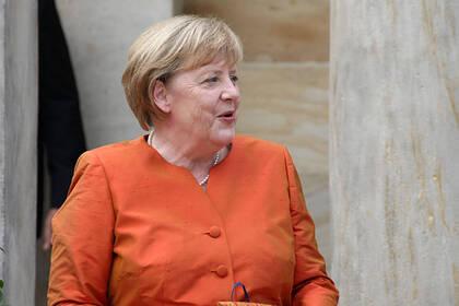 Биограф Меркель написал о ее страхе попадания Греции под влияние России