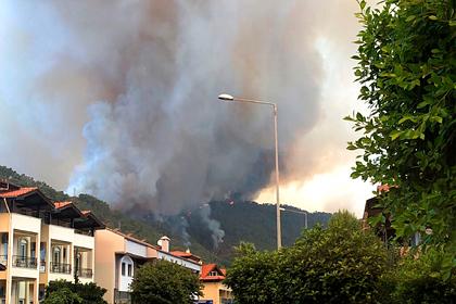 Эксперты оценили возможность получения туристами компенсаций в связи с пожарами