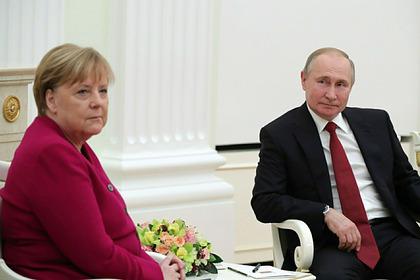 Биограф Путина объяснил напряженные отношения президента с Меркель