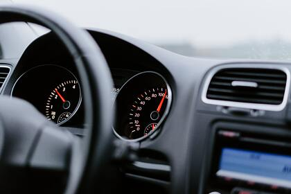 Эксперт рассказал о смертельной опасности кондиционера в машине в жару