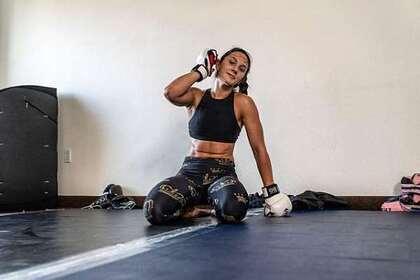 Девушка-боец UFC из США рассказала о безденежье из-за MMA