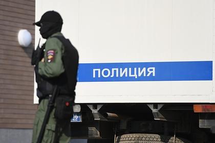 Наркоман напал с ножом на российского пенсионера в автобусе