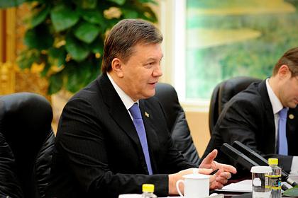 Киевский суд разрешил заочное расследование дела в отношении Януковича