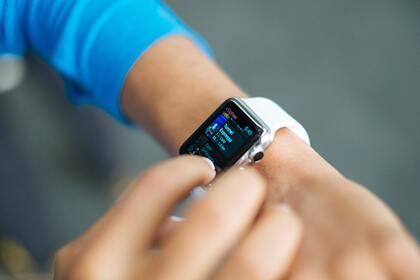 В России оценили популярность умных часов