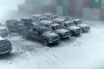 Летняя пурга в российском регионе попала на видео