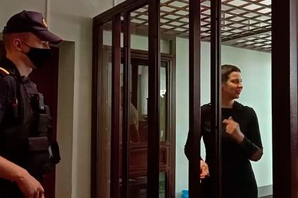 Танцующая в суде белорусская оппозиционерка Колесникова попала на видео