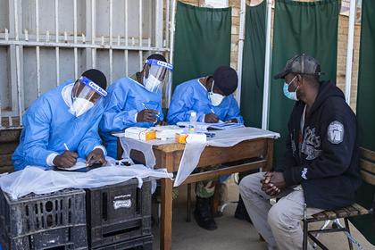 ВОЗ призвала ввести временный мораторий на ревакцинацию от коронавируса
