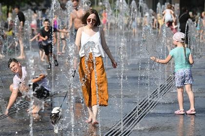 Специалист «Фобоса» и терапевт оценили последствия волн жары для россиян