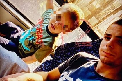 В Москве отец выбросил пятилетнего сына с пятого этажа