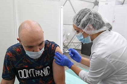 В «Векторе» исключили побочные реакции на вакцину при хронических заболеваниях