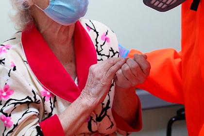 Российские врачи вылечили 101-летнюю пенсионерку от COVID-19