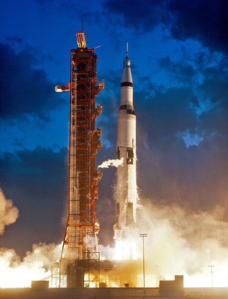 Ракета Saturn V