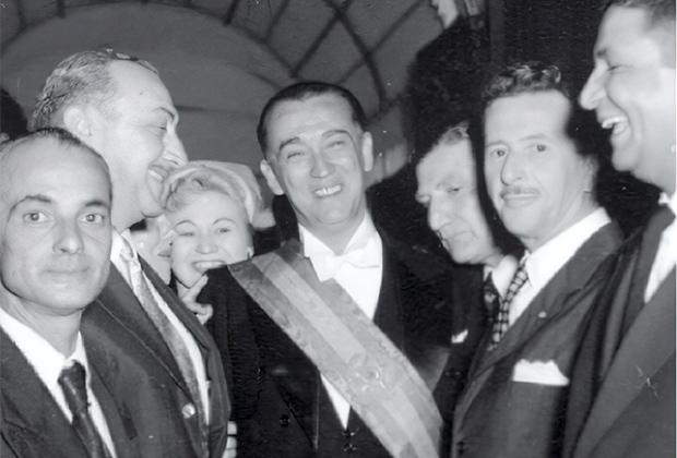 Президент Бразилии Жуселину Кубичек и некоторые члены кабинета министров в день инаугурации. 31 января 1956 года
