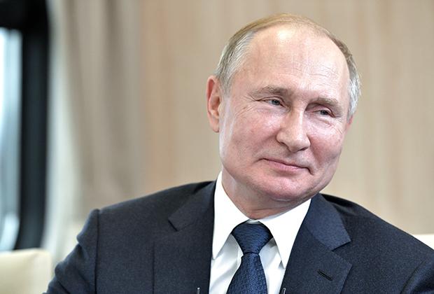 Владимиру Путину не приходится ничего опровергать, потому что США не пытаются ничего доказать.