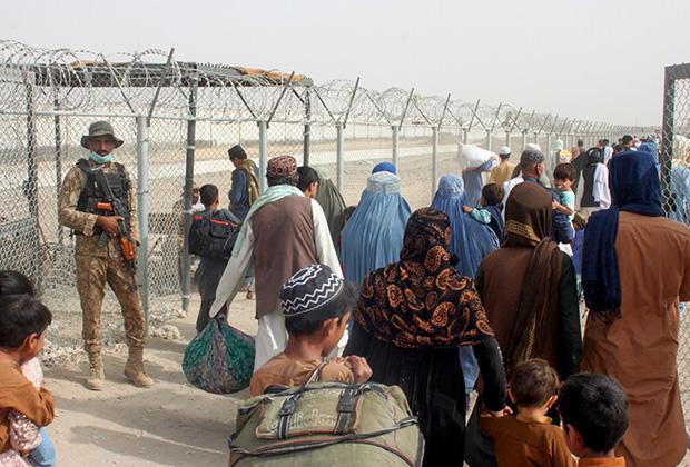 Беженцы на афгано-пакистанской границе