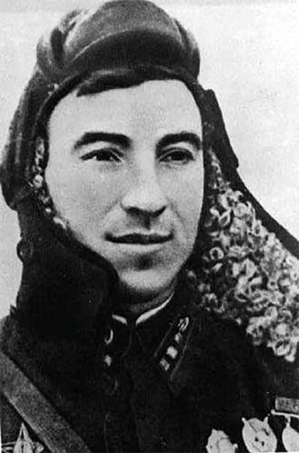 Гвардии капитан Константин Самохин