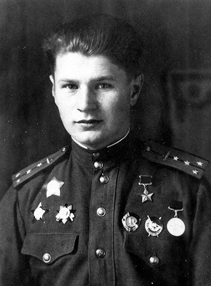Герой Советского Союза гвардии капитан Владимир Бочковский