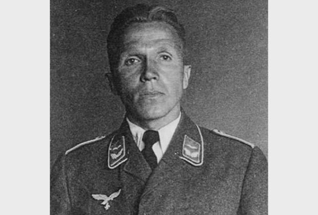 Николай Кузнецов в немецкой форме