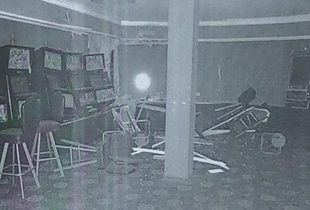 Последствия взрыва у зала игровых автоматов «Империя успеха»