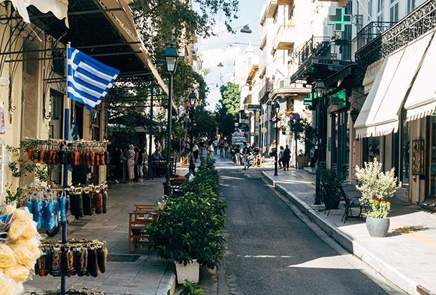 Улица в Афинах