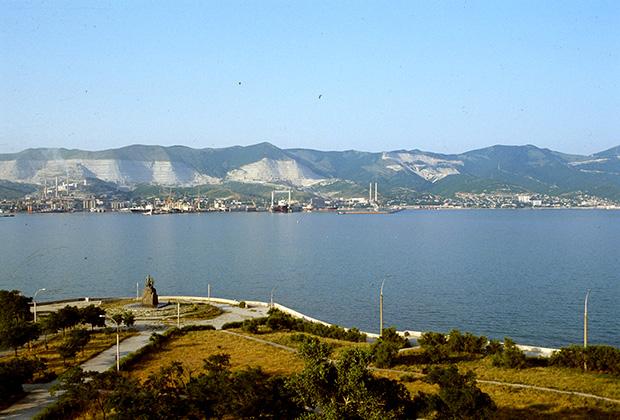 Новороссийская бухта. 1997 год