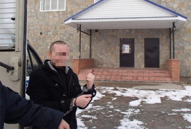 Александр Литвинов в ходе следственного эксперимента