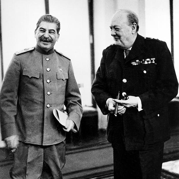 Иосиф Сталин и Уинстон Черчилль на Ялтинской конференции, 1945 год