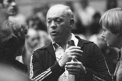 «Чувствую, скоро мне конец» Легендарный советский тренер умер во время матча. Почему он предсказал себе такую смерть?