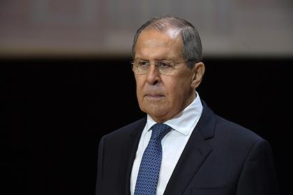 Лавров высказался о «лающей на Россию» Украине
