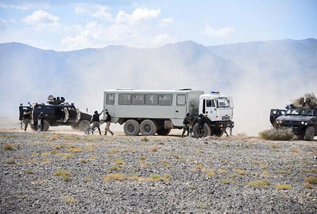 Антинаркотические учения «Гром-2019» в Киргизии