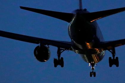 Самолет из Антальи совершил аварийную посадку в Красноярске: Происшествия: Путешествия: Lenta.ru