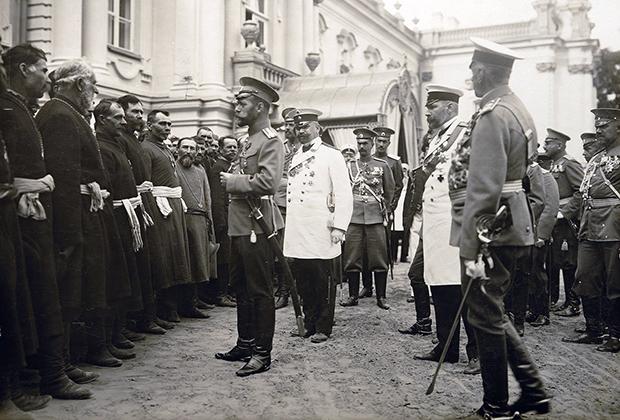 Столыпин на представлении Николаю II крестьянских депутаций от Юго-Западного края, Киев, 12 сентября 1911 года