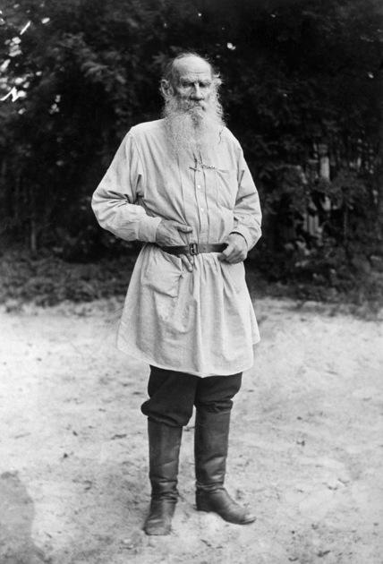 Писатель Лев Толстой был категорически не согласен с политикой правительства