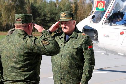 Лукашенко рассказал о военных учениях с Россией и вспомнил Зеленского